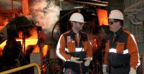 כשווטסון משלב אופנה עם בטיחות ומציל חיים. צילום: North Star BlueScope Steel