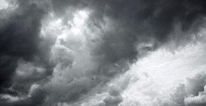 העננים הולכים ומתקדרים על ענף ההיי-טק - אבל עדיין ניתן להימנע מכך. צילום אילוסטרציה: BigStock