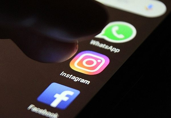 פייסבוק, ווטסאפ ואינסטגרם. צילום: BigStock