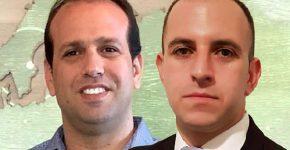 """מימין: עידן גרינשפון והראל ביבי, מהנדסי פתרונות מובילים ב-VMware ישראל. צילומים: יח""""צ"""