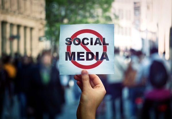 עתירה נגד צנזורה ברשתות החברתיות. צילום אילוסטרציה: BigStock
