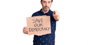 בכירי ההיי-טק, עיזרו (יותר) לשמור על הדמוקרטיה שלנו. צילום אילוסטרציה: BigStock